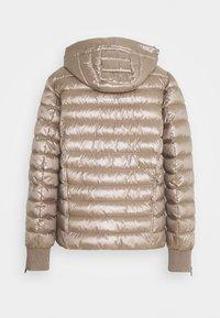 Marc Cain - Lehká bunda - pure copper - 1