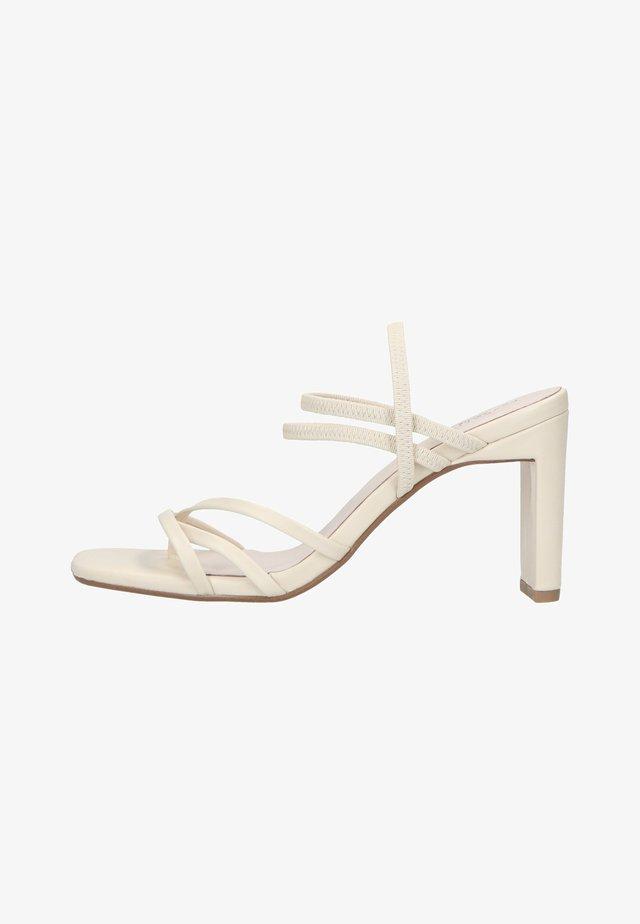 MIT RIEMCHEN - Sandalen met hoge hak - off white