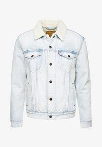 Levi's® - TYPE SHERPA TRUCKER - Jeansjakke - light-blue denim - 4