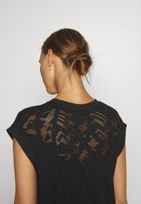 Desigual - LISBOA - Basic T-shirt - black - 4