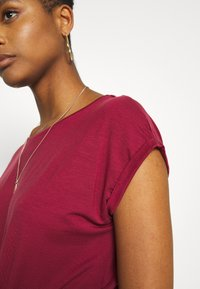 Vero Moda - VMAVA PLAIN - T-shirt basic - tibetan red - 6