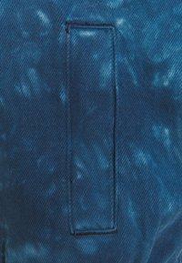 Glamorous Tall - LADIES JACKET TIE DYE - Denim jacket - blue - 2