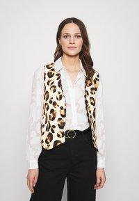 Fabienne Chapot - GILLIAN GILET - Waistcoat - beige/black/brown - 3