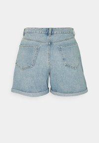 ONLY Tall - ONLPHINE LIFE - Shorts di jeans - light blue denim - 1