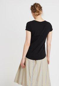 AMOV - ALMA BASIC TEE - T-shirt basique - black - 2