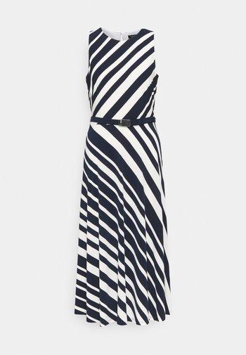 FELIA SLEEVELESS DAY DRESS - Shift dress - lighthouse navy