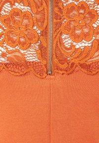 MAMALICIOUS - MLBLACKIE MIVANA CAP DRESS - Day dress - auburn - 2