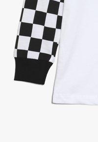 Hype - KIDS CHECKERBOARD - Camiseta de manga larga - white/black - 2