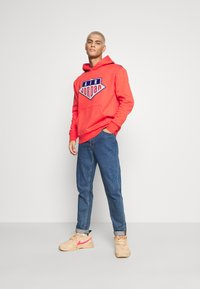 Jordan - HOODIE - Sweatshirt - track red/deep royal blue - 1