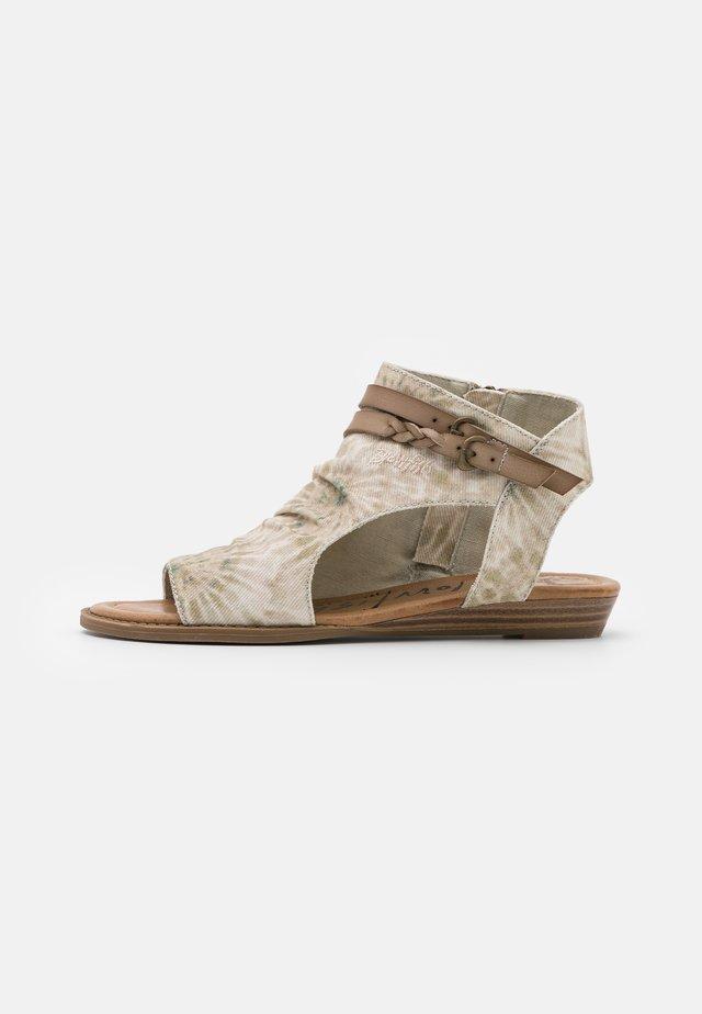 VEGAN BLUMOON - Varrelliset sandaalit - taupe