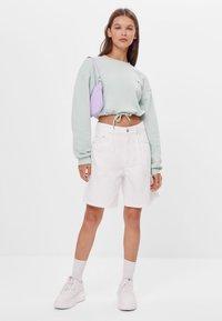 Bershka - MIT SCHLEIFEN - Sweatshirt - turquoise - 1