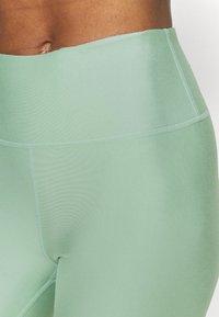 Cotton On Body - REVERSIBLE BIKE SHORT - Leggings - mint chip - 5