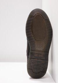 Dr. Martens - VEGAN FLORA CHELSEA BOOT - Classic ankle boots - black felix - 6