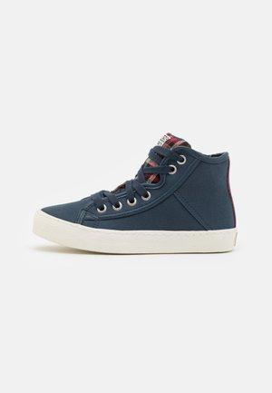 KRONACH - Sneakers hoog - marino