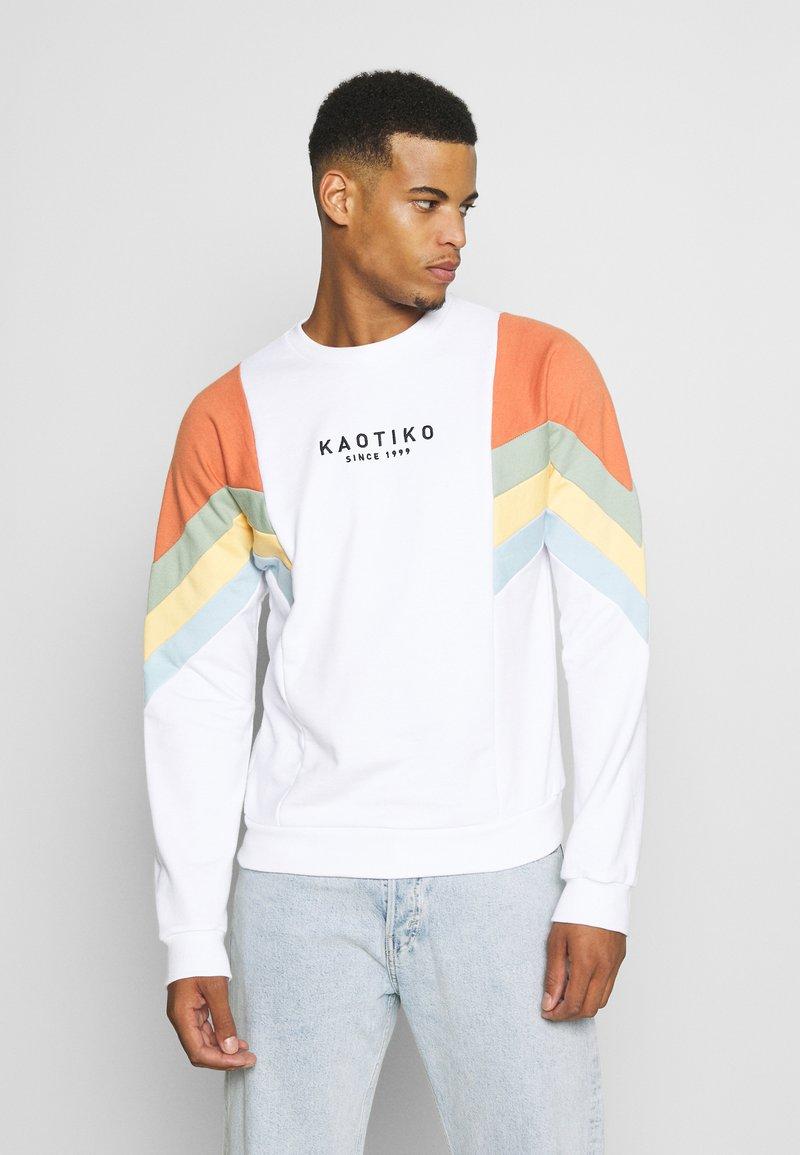 Kaotiko - UNISEX CREW SEATTLE - Sweatshirt - white