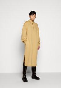 Holzweiler - BISLETT DRESS VINTAGE - Day dress - washed beige - 0