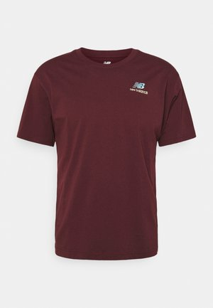 ESSENTIALS EMBROIDERED TEE - Basic T-shirt - red