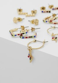 Pieces - Ohrringe - gold-coloured - 4