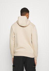Nike Sportswear - CLUB HOODIE - Collegepaita - grain - 2