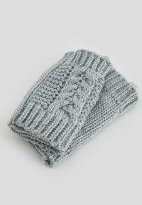 DeFacto - Gloves - grey - 5