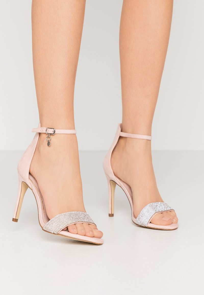 XTI - Sandaler med høye hæler - nude