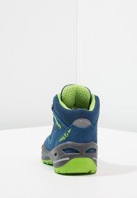 Lowa - ROBIN GTX - Walking boots - blau/limone - 4