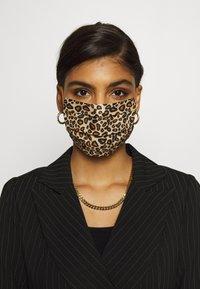 Codello - COVER UP LEO - Masque en tissu - brown - 0