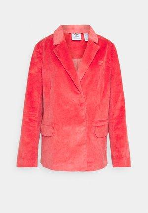 Abrigo corto - pink
