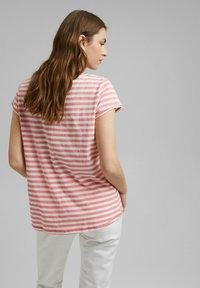 Esprit - SLUB - Print T-shirt - pink - 4
