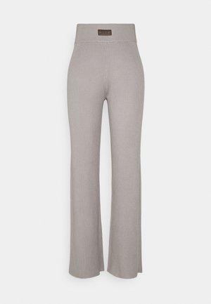 WIDE LEG TROUSER - Trousers - grey