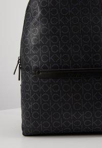 Calvin Klein - MONO ROUND BACKPACK - Tagesrucksack - black - 2