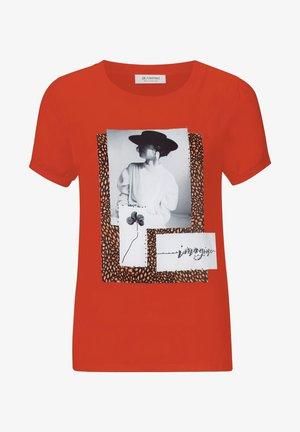 Print T-shirt - rusty red
