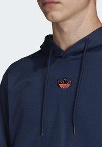 adidas Originals - OUTLINE HOODIE - Bluza z kapturem - blue - 4