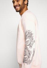 YOURTURN - Sweatshirts - pink - 5