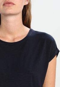 Vero Moda - VMAVA PLAIN - Basic T-shirt - night sky - 3