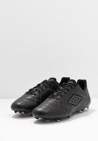 Umbro - MEDUSÆ III PRO FG - Moulded stud football boots - black/black reflective - 2