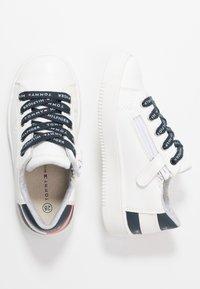 Tommy Hilfiger - Sneakersy niskie - white - 0
