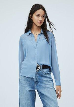 NAIA - Button-down blouse - fade blau