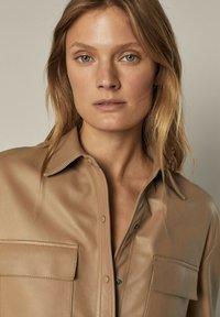 Massimo Dutti - Leather jacket - beige - 2
