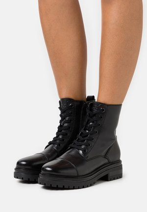 FACT - Bottines à lacets - black