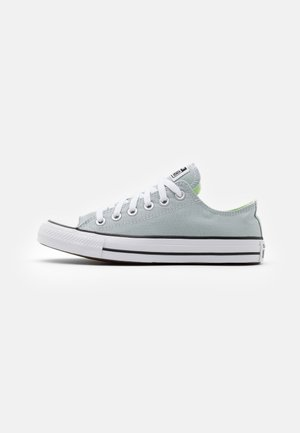 CHUCK TAYLOR ALL STAR UNISEX - Matalavartiset tennarit - blue/white/barely volt