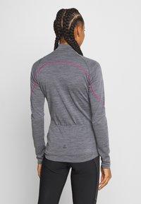 LÖFFLER - BIKE PACE - Training jacket - grey melange/magenta - 2