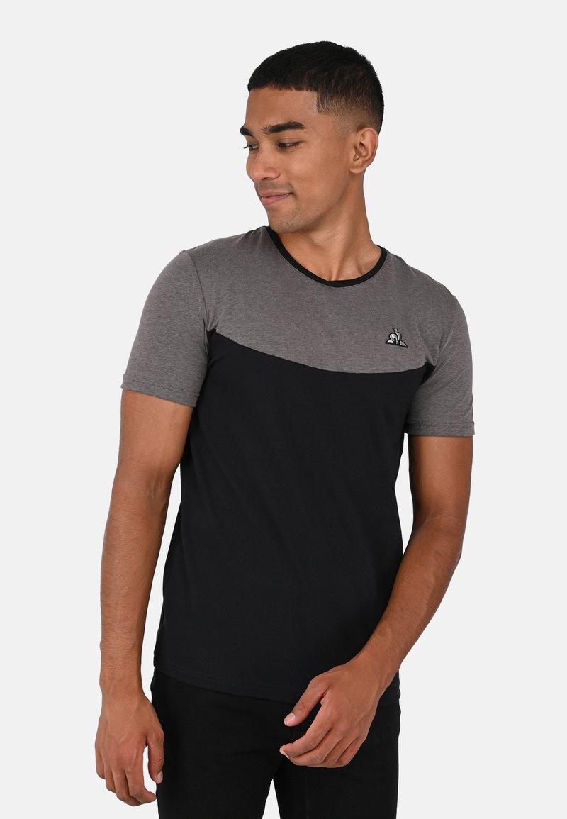 le coq sportif - TECH TEE N1 - T-SHIRT - Print T-shirt - black