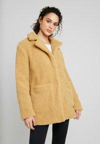 TWINTIP - Winter coat - mustard - 0