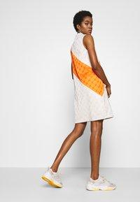 Fila - HANAKO - Vestido informal - eggnog/mandarin orange - 2