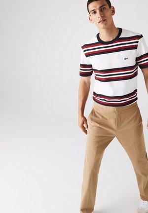 Regular Fit TH1609 - Print T-shirt - blanc / bleu marine / bordeaux