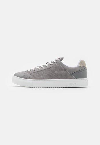 BRADBURY OUT - Sneakers - grey
