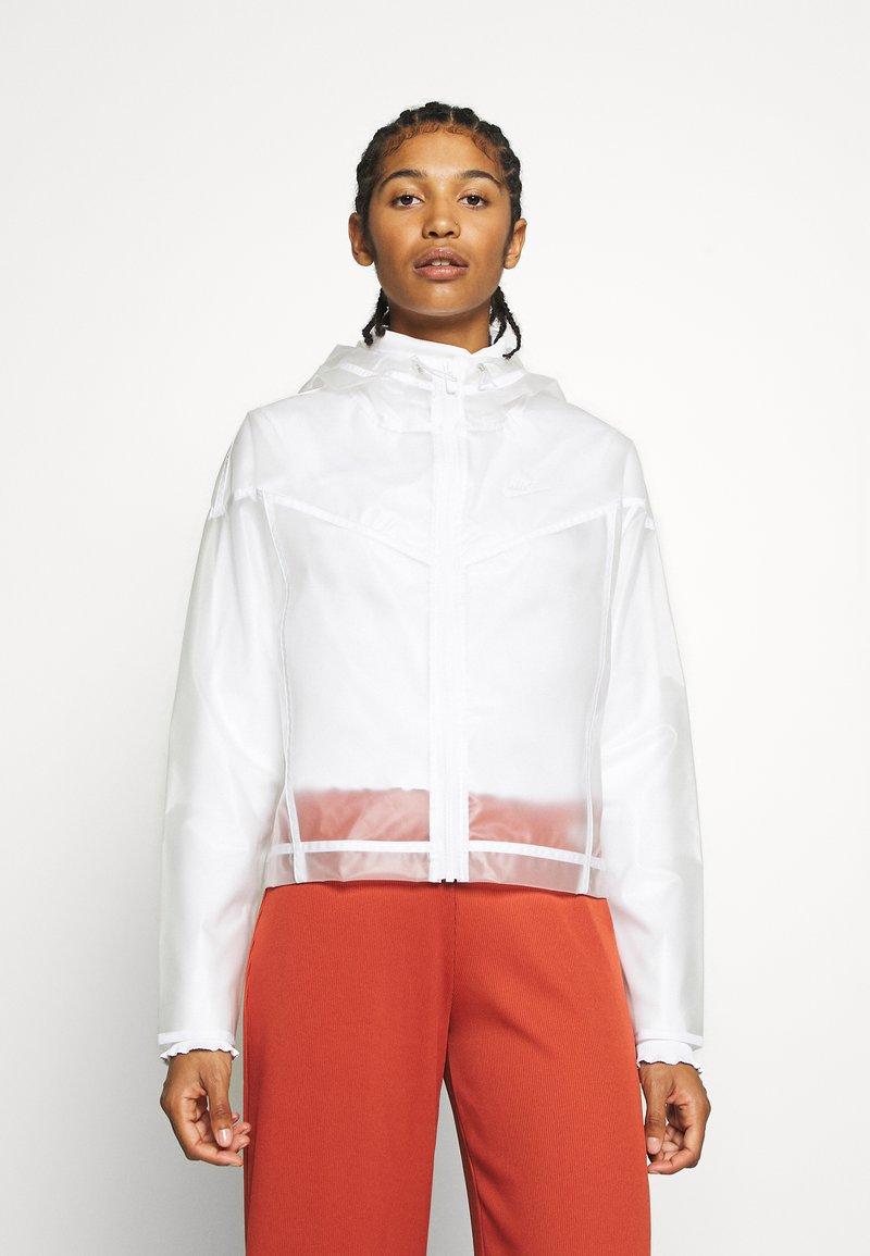 Nike Sportswear - TRANSPARENT - Bomberjacks - white