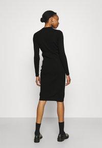 Supermom - DRESS BUTTON - Sukienka dzianinowa - black - 2