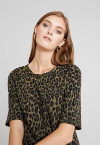 b.young - RIZETTA DRESS - Jersey dress - olive night - 3